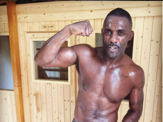 Idris Elba zeigt auf Instagram seinen durchtrainierten Body