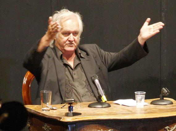 Henning Mankell 2010 auf einer Veranstaltung in Berlin
