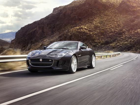 Kompakter Sportler mit 550 PS: Jaguar F-Type R AWD