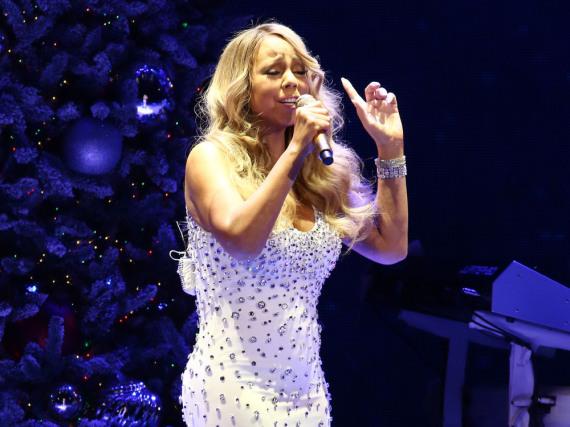Mariah Carey ist seit Jahrzehnten als Sängerin höchst erfolgreich - ihre Schwester Alison steckt hingegen in Schwierigkeiten