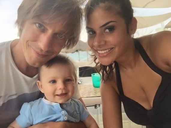 Trotz Trennung recht fröhlich zusammen unterwegs: Thomas Radeck, Tanja Tischewitsch und Sohn Ben