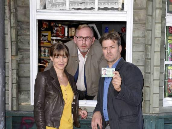 Bernadette Heerwagen, Alexander Held (Mitte) und Marcus Mittermeier am Rande der Dreharbeiten zum sechsten