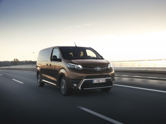 Konkurrenz für den VW-Transporter: Toyota Proace Verso