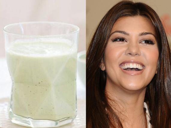 Kourtney Kardashian liebt Avocados - ob als Smoothie oder auch als Pudding