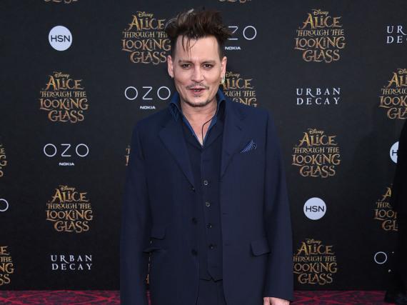 Johnny Depp könnte bald für ein neues, spannendes Projekt vor der Kamera stehen