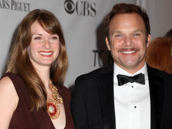 Norbert Leo Butz und seine Ehefrau Michelle Federer bei den Tony Awards 2011
