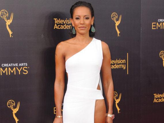 Mel B zeigte viel Haut bei den Creative Arts Emmy Awards in Los Angeles