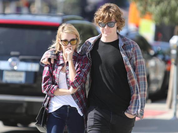 Emma Roberts und Evan Peters im Sommer 2014 zusammen in Los Angeles