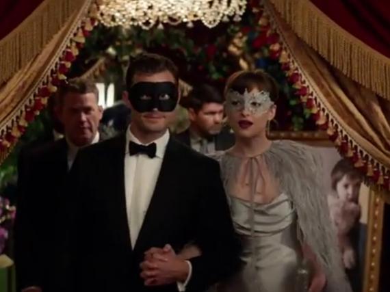 Keine gewöhnliche Party: Wohin verschlägt es nur Anastasia Steele (Dakota Johnson) und Christian Grey (Jamie Dornan)?