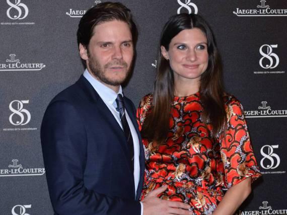 Daniel Brühl und seine schwangere Freundin Felicitas Rombold bei einem Event im Rahmen des Filmfestivals von Venedig