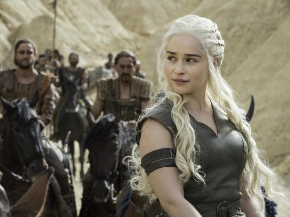 Emilia Clarke spielt die Daenerys Targaryen, einen der beliebtesten Charaktere von