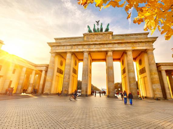 Das Brandenburger Tor lockt jährlich viele Touristen nach Berlin