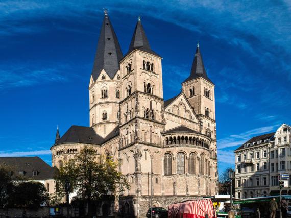 Der Bonner Münster wurde im elften Jahrhundert erbaut