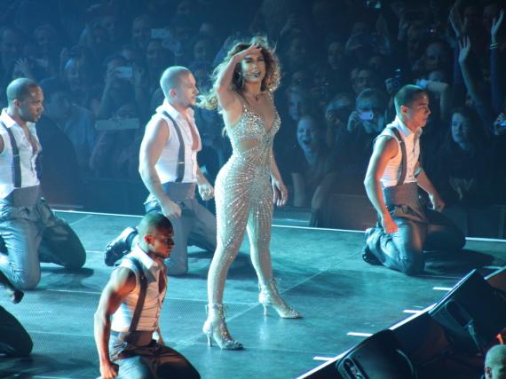 Jennifer Lopez zeigt auf der Bühne stets vollen Einsatz