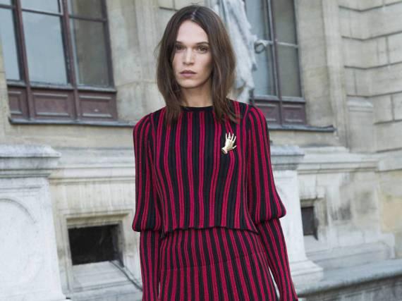 Anna Brewster bei der Modenschau von Sonia Rykiel in Paris