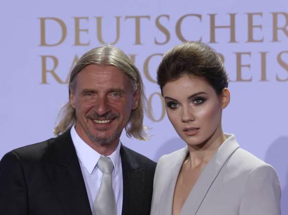 Er strahlend, sie eisern: Frank Otto und Nathalie Volk beim Deutschen Radiopreis 2016