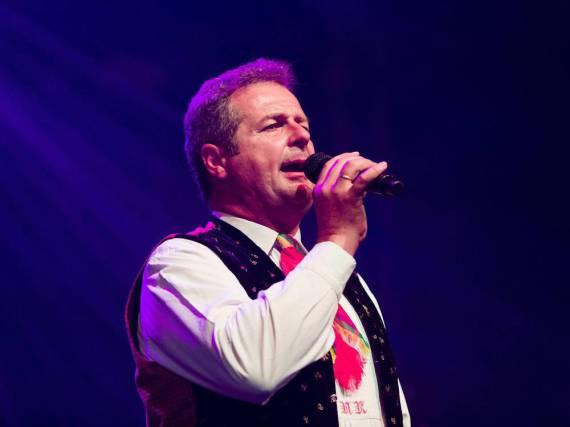 Norbert Rier während eines Auftritts seiner Kastelruther Spatzen