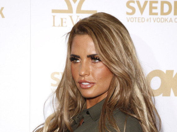 katie price tv pause wegen ehekrise huffpost deutschland. Black Bedroom Furniture Sets. Home Design Ideas