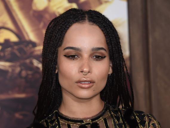 Zoë Kravitz setzt ihr Make-up ganz gezielt ein