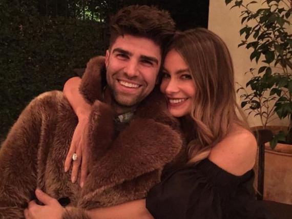 Sofia Vergara kuschelt fremd - mit dem Ehemann eines Schauspiel-Kollegen
