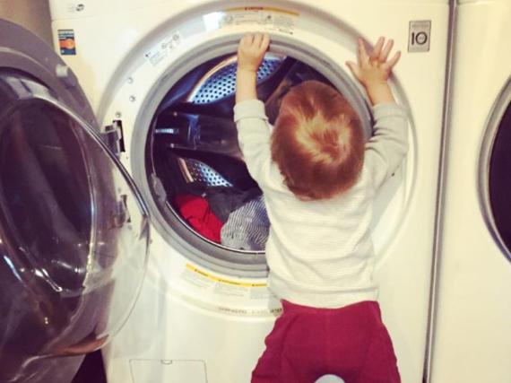 Noah ist der zweite Sohn von Model Karolina Kurkova und dem Filmproduzenten Archie Drury; sein Bruder ist bereits 6 Jahre alt