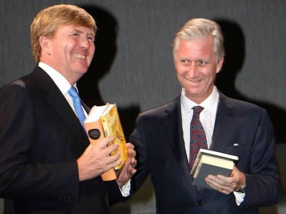 Der König der Niederlande, Willem-Alexander (l.), und der König von Belgien, Philippe, eröffneten die Frankfurter Buchmesse