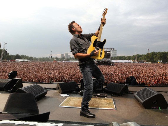 Bruce Springsteen im Jahr 2010 beim Konzert