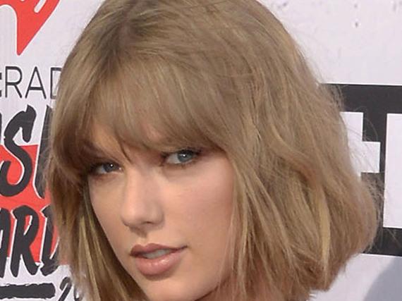 Taylor Swift performt wieder - kommt bald auch ein neues Album?