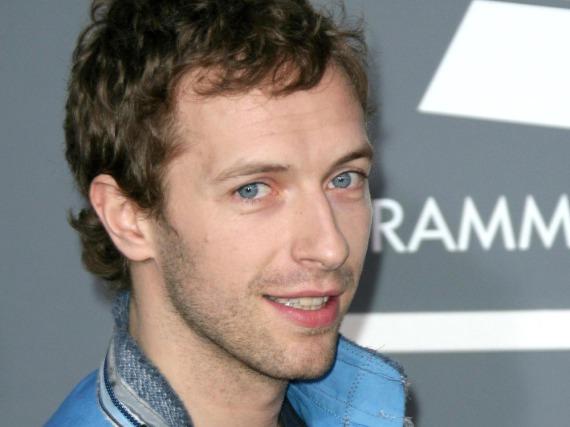 Er füllt die ganz großen Hallen, doch er kann auch klein und akustisch: Chris Martin von Coldplay