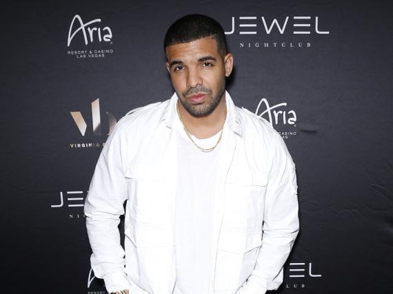 Drake stürzt sich zurzeit mit voller Kraft in die Arbeit