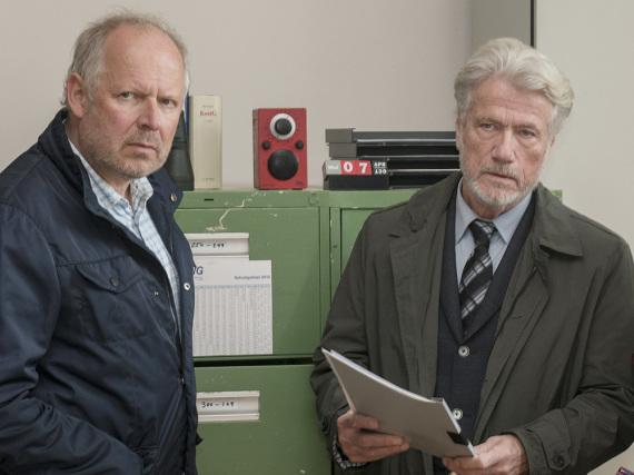 Die Schauspieler Jürgen Prochnow (r.) und Axel Milberg in