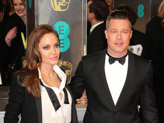 Angelina Jolie und Brad Pitt haben einiges zu klären. Behilflich ist dabei das FBI!