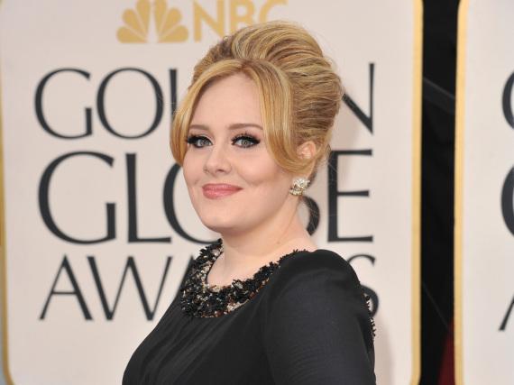 Bei Sängerin Adele läuft es rund: Ihre Alben sind erfolgreich und auch privat ist sie happy