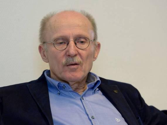 Musste sich einer Not-OP unterziehen: Willi Lemke