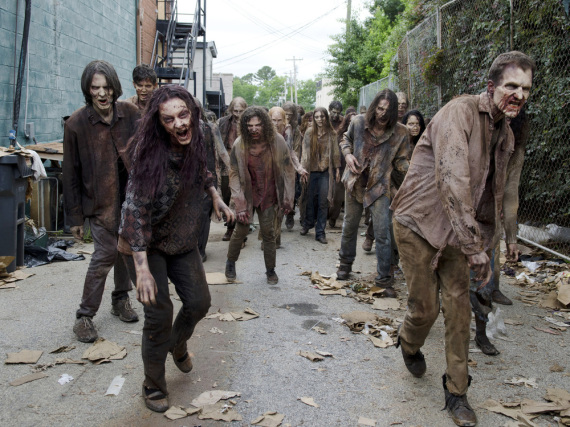 Gleich zum Auftakt gibt es eine riesige Horde fleischfressender Zombies zu bestaunen