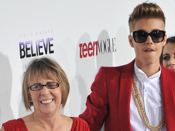 Justin Bieber und seine Oma Diane Dale sind ein eingeschworenes Team