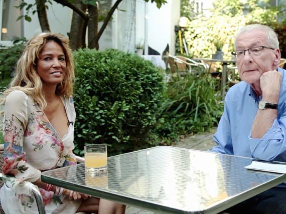 Nadja Abd el Farrag lässt sich von Peter Zwegat beraten