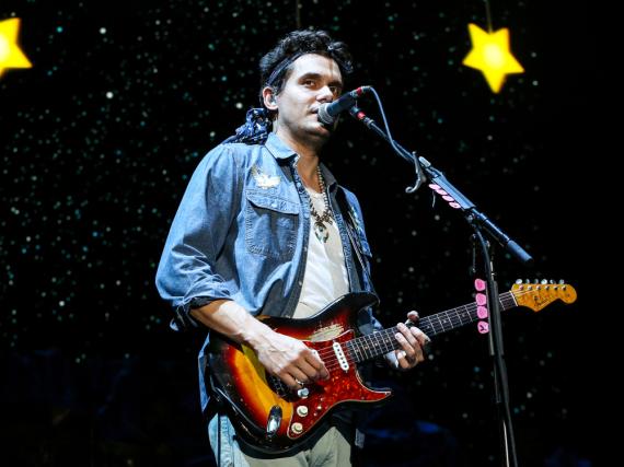 John Mayer auf einem seiner Konzerte in den USA