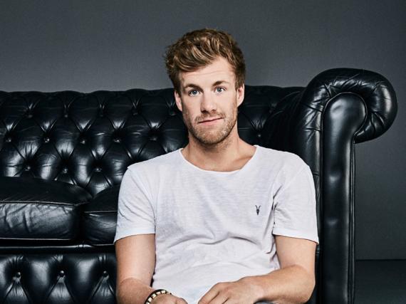Luke Mockridge ist ein Naturtalent: Er kann nicht nur Menschen zum Lachen bringen, sondern auch Singen und verschiedene Instrumente spielen