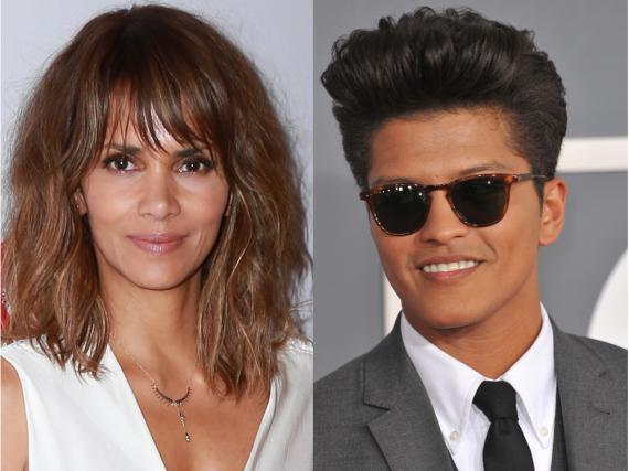 Halle Berry und Bruno Mars machen für einen neuen Song des Musikers gemeinsame Sachen
