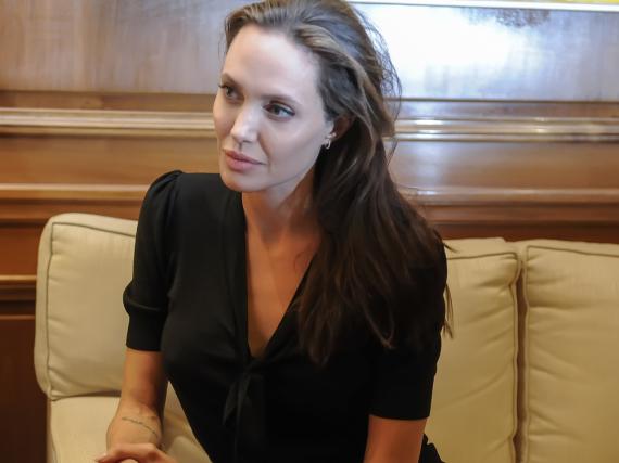 Angelina Jolie engagiert sich für Kinder weltweit
