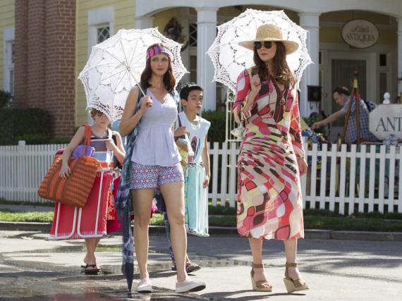 Rory (Alexis Bledel, l.) und Lorelai (Lauren Graham) mögen's auch bunt
