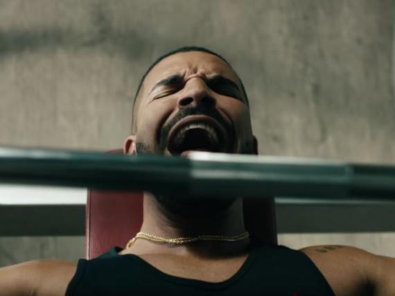 Drake lässt sich beim Training von einem Tayler-Swift-Song ablenken