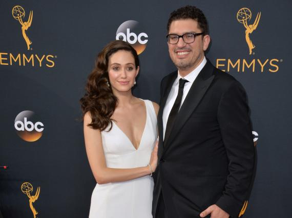 Haben sich an einem eher ungewöhnlichen Ort verlobt: Emmy Rossum und Sam Esmail