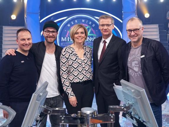 (V.l.n.r.): Tim Raue, Mark Forster, Julia Klöckner, Günther Jauch und Frank Buschmann