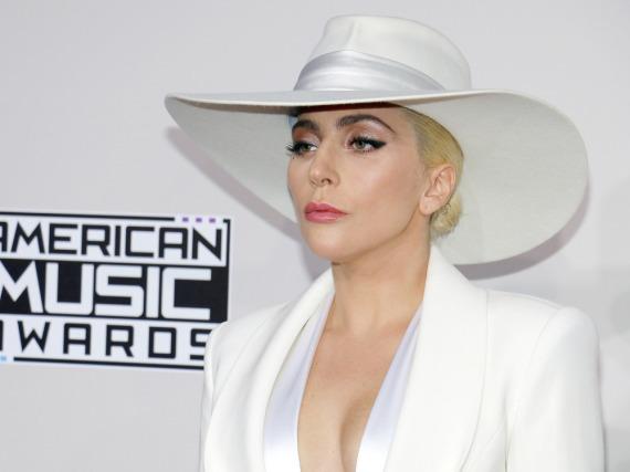 Lady Gaga bei der Verleihung der American Music Awards 2016