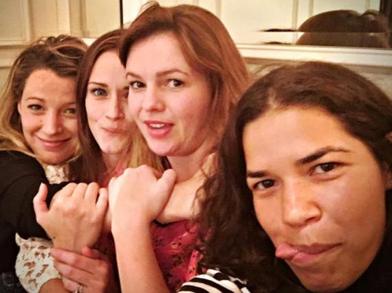Blake Lively, Alexis Bledel, Amber Tamblyn und America Ferrera (v.l.) sind privat eng