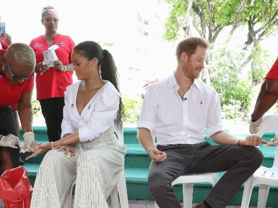 Prinz Harry und Rihanna beim gemeinsamen Aids-Test auf Barbados