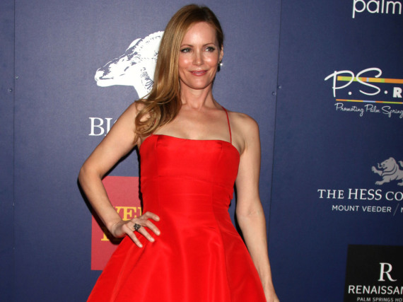 Leslie Mann in roter Prinzessin-Robe bei Palm Springs Film-Festival
