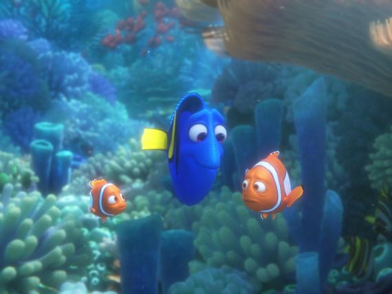Nemo (l.), Dorie und Marlin halten auch in
